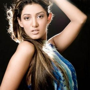 Mathira Reveals Her Wedding Plans On Mother's Day