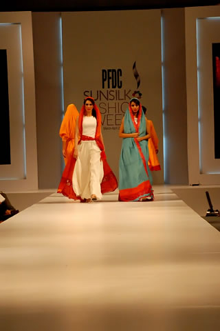 Sara Shahid Latest Designs at PFDC Sunsilk Fashion Week 2011 Lahore
