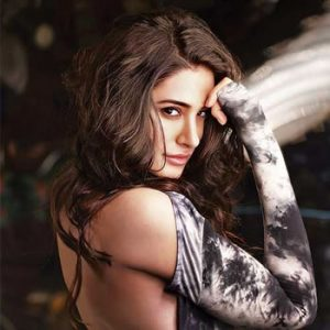 Model & Actress Nargis Fakhri, Nargis Fakhri Biography, Pictures