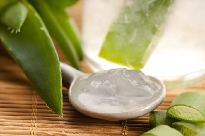 Make Aloe Vera Your Best Friend For A Toned Skin