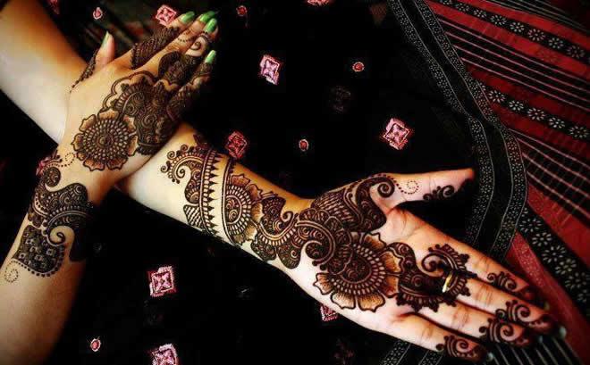 Arq Mehndi Design