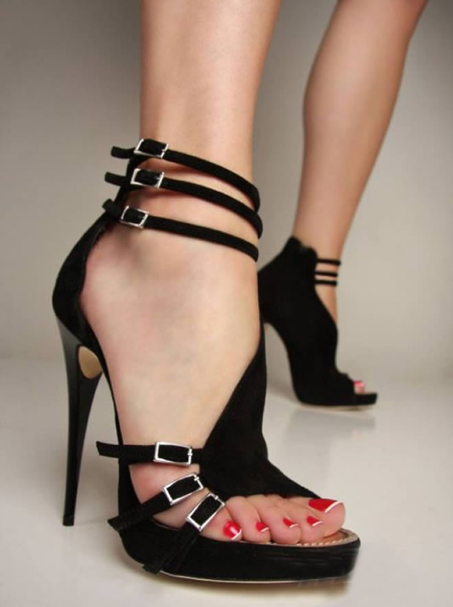 strap heel shoes