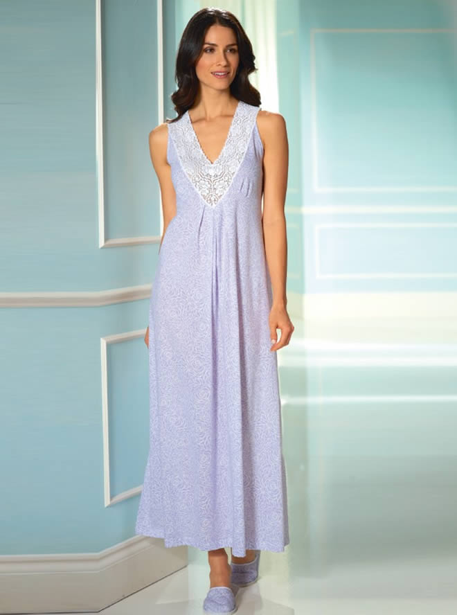 sleeveless nightwear