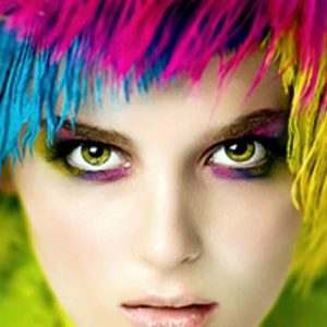 Best Colors to Enhance The Beauty