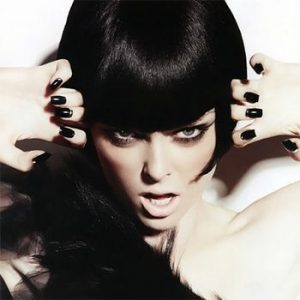 Black Nails: In Vogue