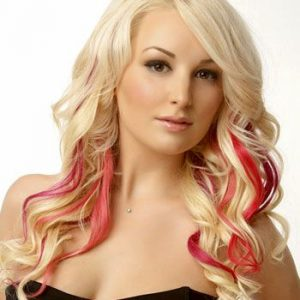 Blond Hair With Red Highlight Makeup
