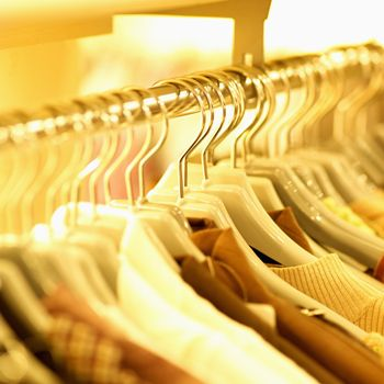 Fashion Tips Buy Clothes to suit Your Shape
