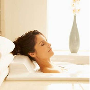 Give Yourself An Amazing Spa Day At Home