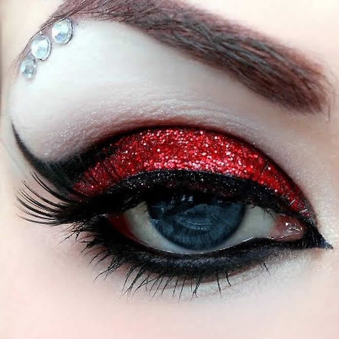 Eye Makeup Guide For Breathtaking Look