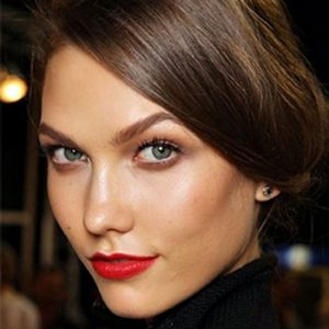 How To Create A Supermodel Cheekbone