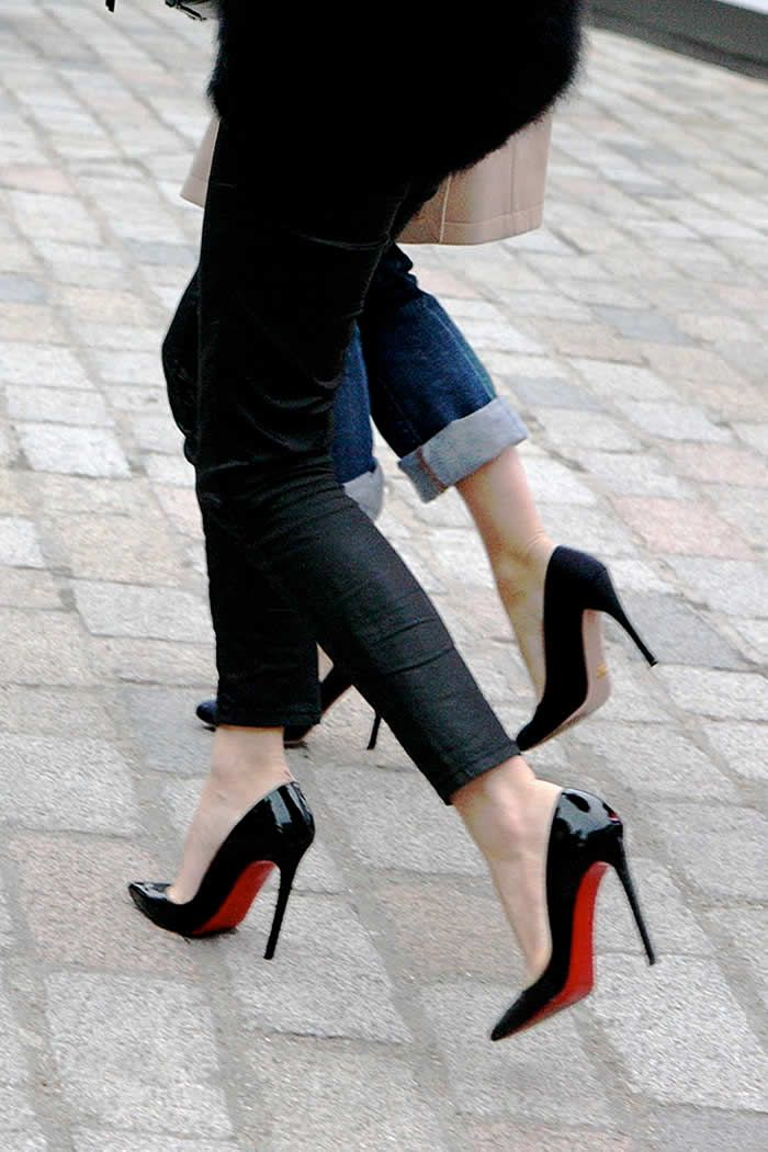 How to Walk in Heels