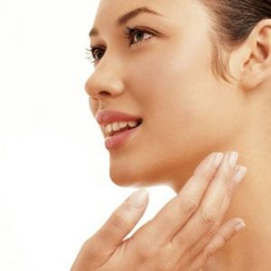 Keep your Skin Healthy in Monsoons