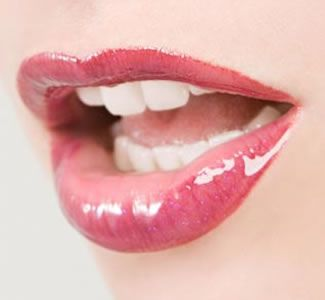 How Glosses Make Your Lips Hot