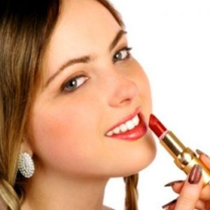 Best Lipstick Colors for Winter
