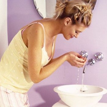 Here are some acne care tips for pregnant womens