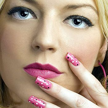 Pink Nail Color Trend For Summer 2012