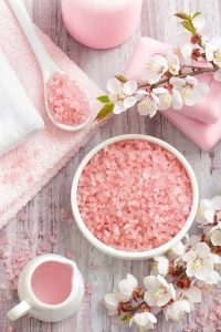 7 Benefits of Salt Spa For Beauty and Health