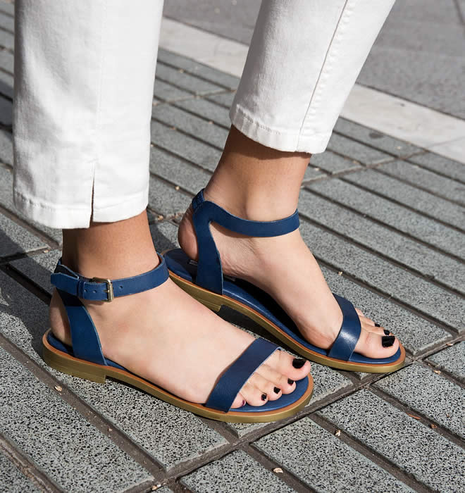 new flat sandal designs