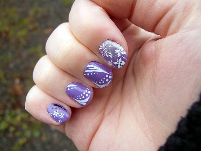 nail art at home