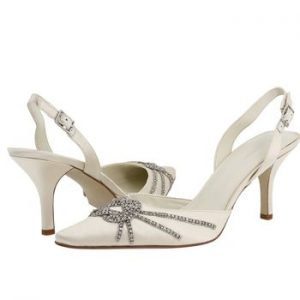 Smart Bridal Shoes Selection for Your Wedding