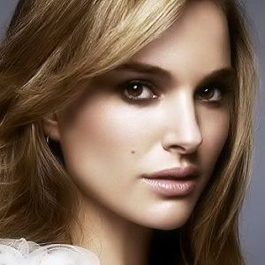 Tips to Achieve Natural but Glamorous Look