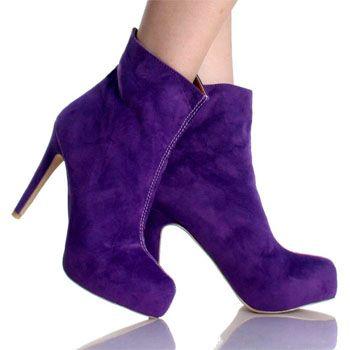 Trend up with Elegant Velvet Shoes