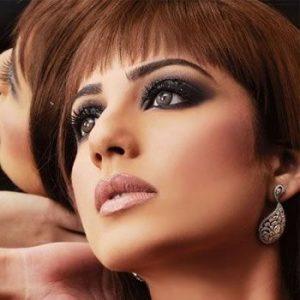 Winter Eye makeup in Pakistan