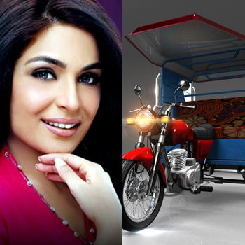 Meera Spotted travelling by Chingchi Rickshaw