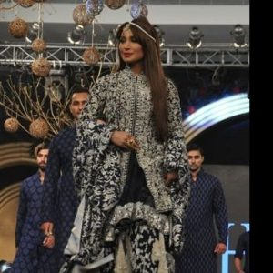 Reema Khan's Ultimate Confidence Exposed in PLBW 2013
