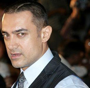 Amir Khan's Favorite Movies - Fashion Central