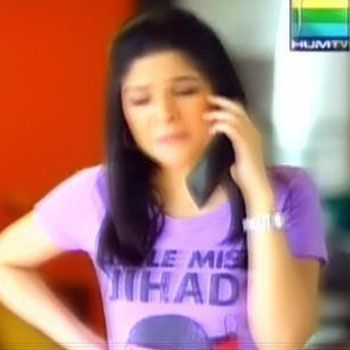 Ayesha Omer Apologizes For Her T-Shirt Controversy