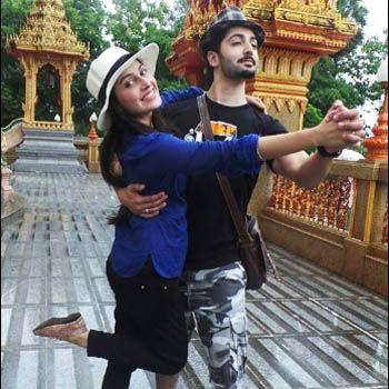 Danish Taimoor and Ayeza Khan enjoying their Honeymoon in Thailand