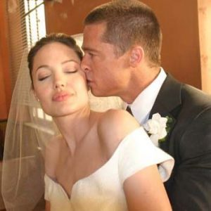 Brad Pitt and Angelina Sexy as Ever Finally Tie the Knot