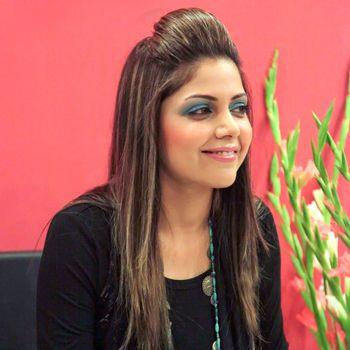 Hadiqa Kiyani To Launch Beauty Salon