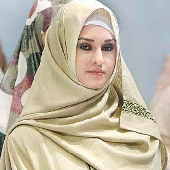 Hijab- An Elegant Fashion Trend In Pakistan On the Way....!
