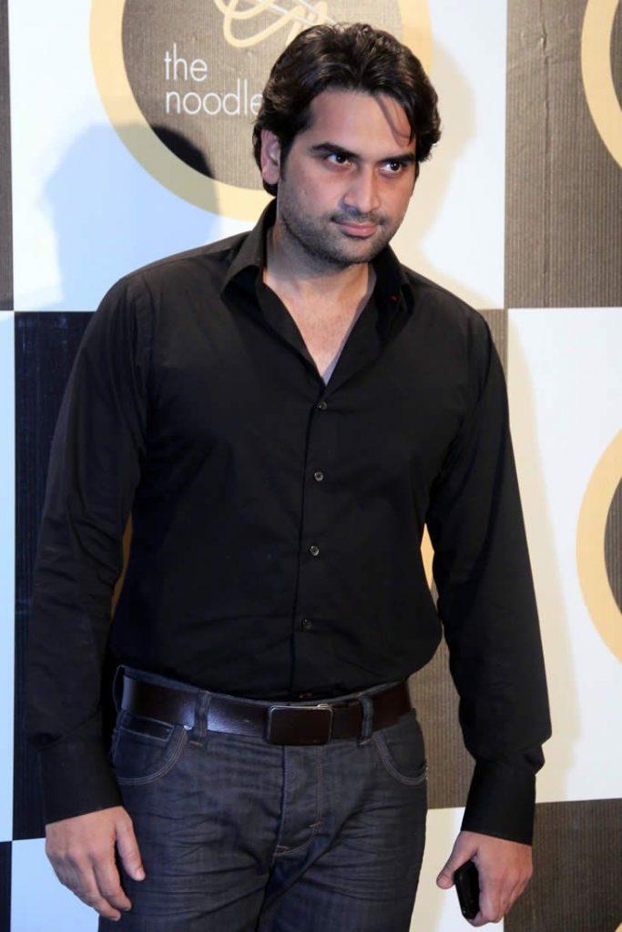 Humayun Saeed Voices Opinion on Bollywood ban on Pakistani Actors