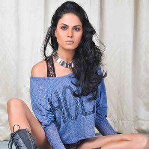 I want Salman Khan, Shahrukh , Amir and Ajay Devgan all in one: Veena Malik