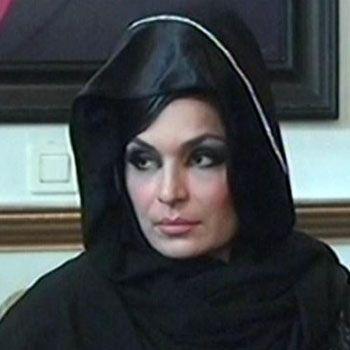 Meera wearing Abaya celebrated Hijab Day