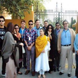 Pakistani TV Artists Protest Against Non-Pakistani Dramas