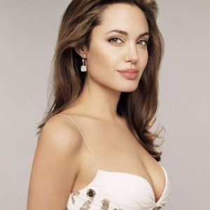 """Q Mobile Endorsing Hollywood Diva"""" Angelina Jolie""""in next TVC"""