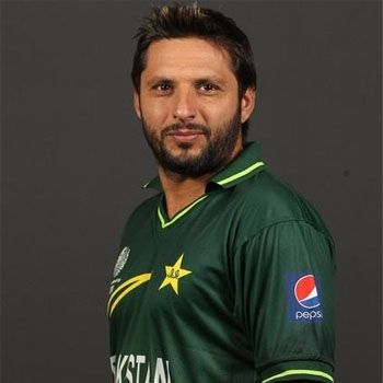 Shahid Afridi To Write His Biography