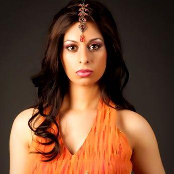 Tahmena Bokhari Crowned The New Mrs. Pakistan World 2010