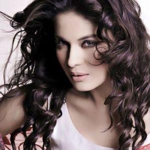 Veena Malik labeled as Rakhi Sawant