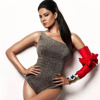 Veena Malik Strives To Get Kareena's Size Zero Figure