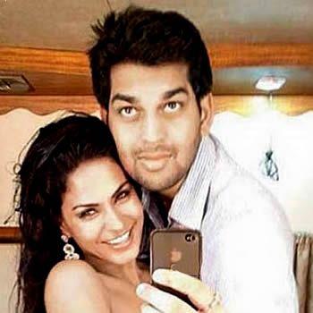 Was Veena Malik Ex Boyfriend A Gay?
