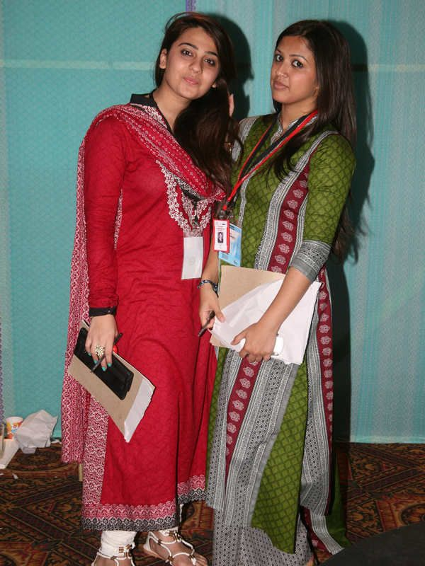 MauSummery Summer Lawn 2012 Exhibition by Huma – Fashion Central