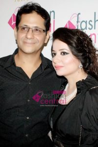 Red Carpet - Bridal Trunk Show by Fashion Central