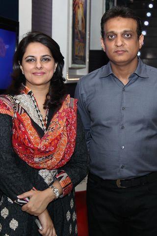 Waar Movie Premiere in Lahore. Lollywood Film Waar