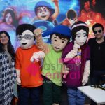 Sharmeen Obaid Chinoy and Shiraz Uppal with the 3 Bahadur Mascots