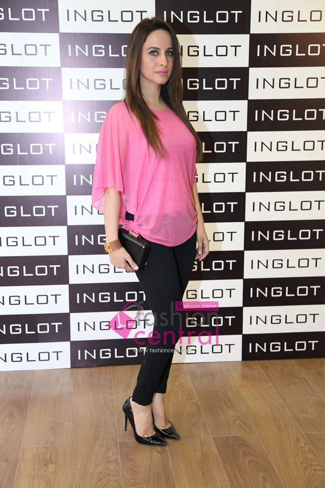 Launch of First Ever INGLOT Store in Lahore